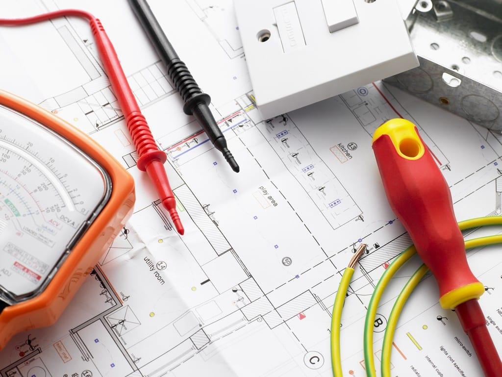 Comment prévenir les pannes électriques dans une maison?