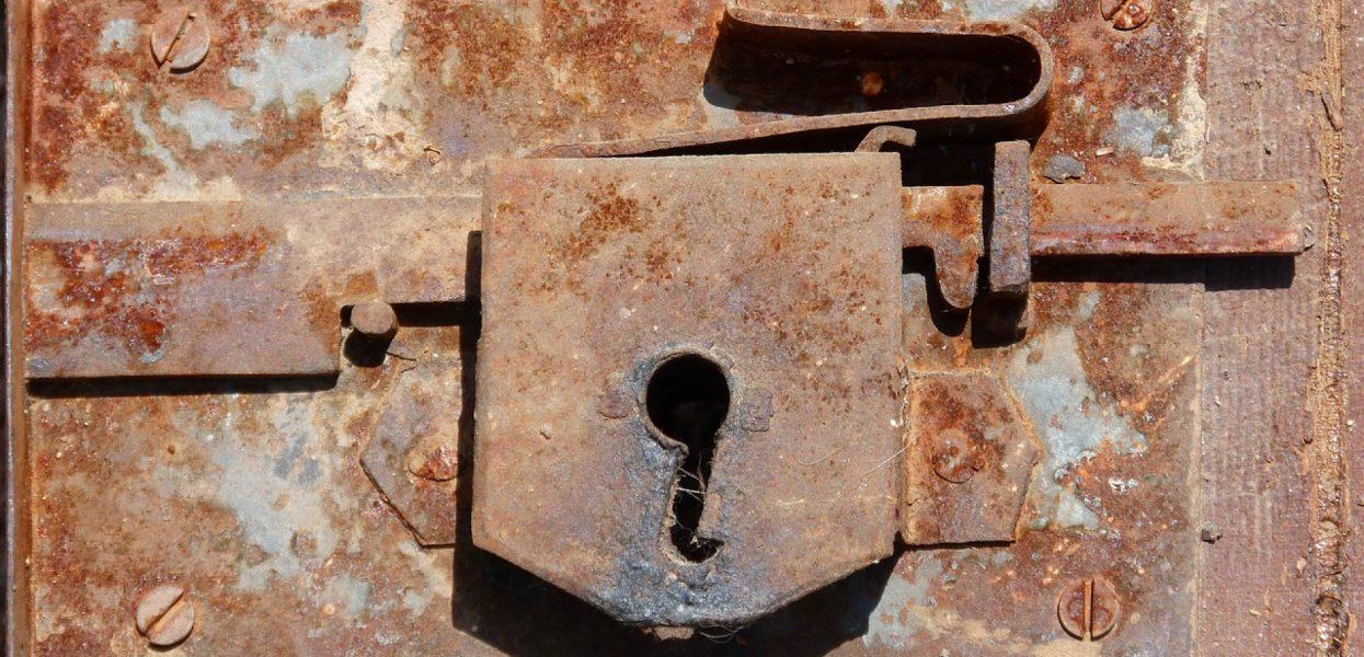 Quels critères pour bien choisir un artisan serrurier ?