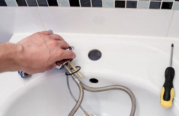 Comment trouver un plombier en cas d'urgence ?