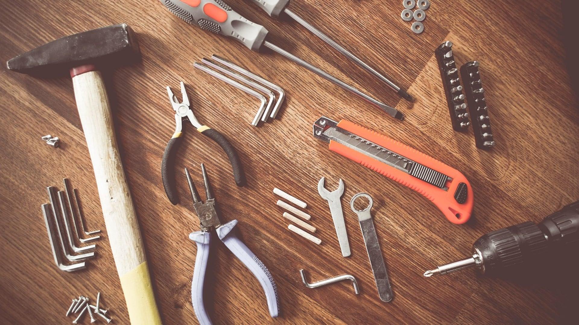 Les outils de bricolage à posséder chez soi